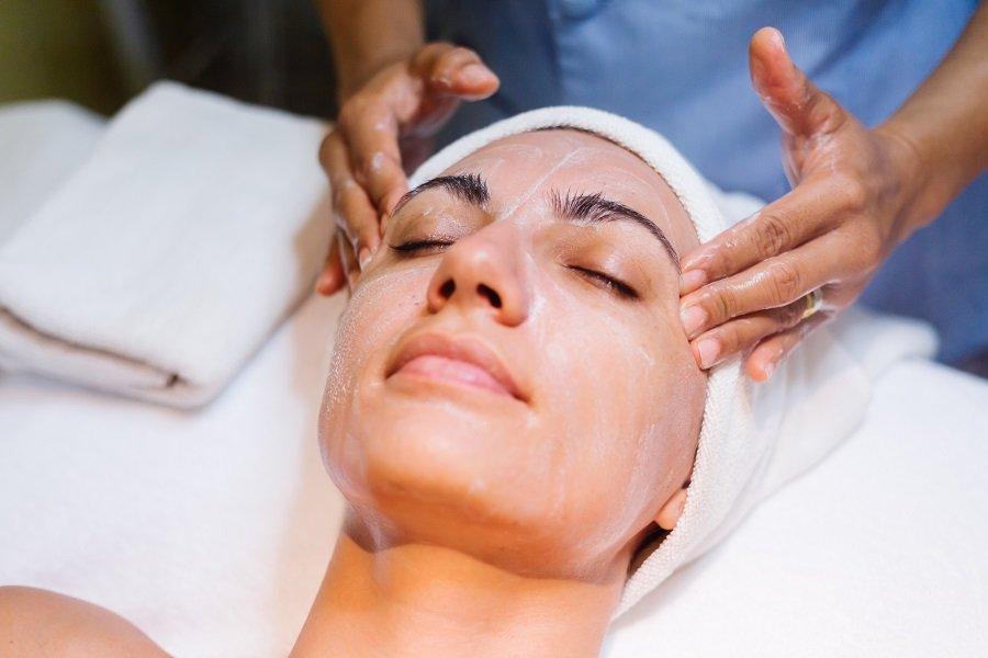 peeling cicatrices acne