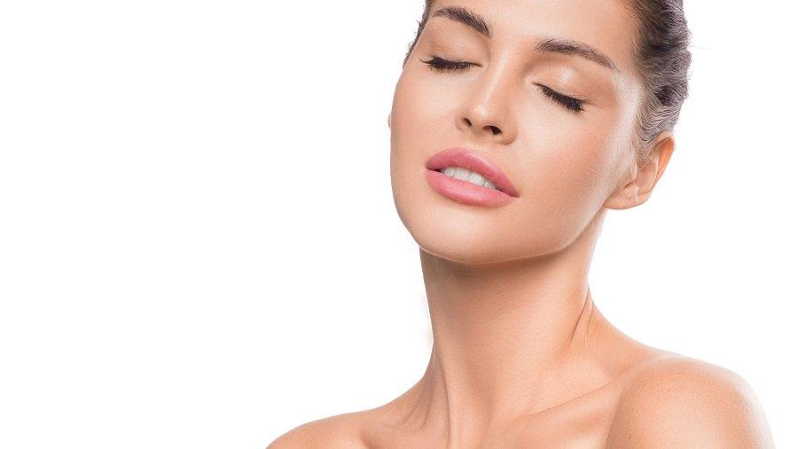 beneficios acido hialuronico labios